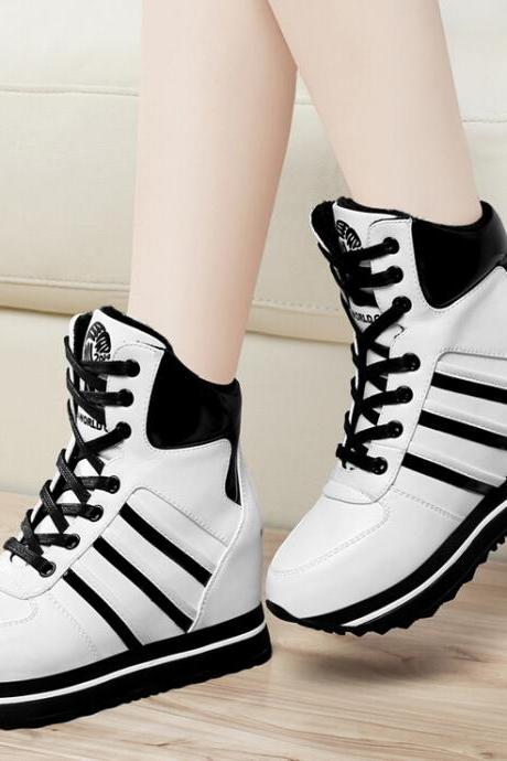 Stylish black and white stitching warm boots 5593267